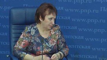Елена Бибикова рассказала впресс-центре «Парламентской газеты» онововведениях впенсионном законодательстве