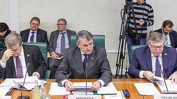 Ю. Воробьев на итоговом в 2014 году заседании Комитета общественной поддержки жителей Юго-Востока Украины
