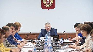 Заседание Комитета СФ посоциальной политике. Запись трансляции 11июля 2017г