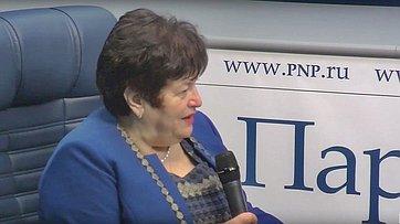 Людмила Козлова рассказала впресс-центре «Парламентской газеты» оразработке законопроекта постимулированию россиян кздоровому образу жизни