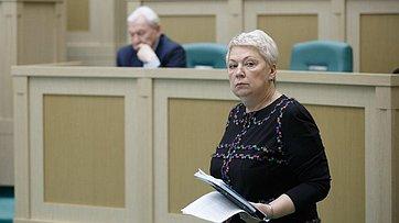 Врамках «Правительственного часа» на420-м заседании СФ выступила Министр образования О.Васильева