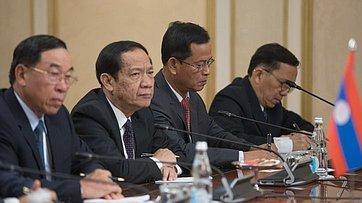 Встреча В. Матвиенко сПремьер-министром Лаоса Т.Сисулитом