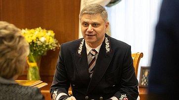 В.Матвиенко провела встречу сгенеральным директором ОАО РЖД О.Белозеровым