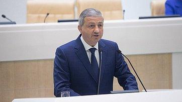 Врамках «Часа субъекта» вСФ выступил глава Республики Северная Осетия— Алания В.Битаров
