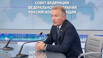 В. Пономарев о влиянии санкций Запада на экономику России