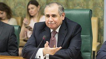 Встреча К.Косачева сЧрезвычайным иПолномочным Послом Арабской Республики Египет вРФ Ихабом Ахмедом Талаатом Насром