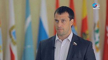 Э. Исаков оДнях Ханты-Мансийского автономного округа вСовете Федерации