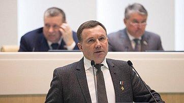 Начальник Центра подготовки космонавтов имени Ю.А.Гагарина Ю.Лончаков выступил на410-м заседании СФ
