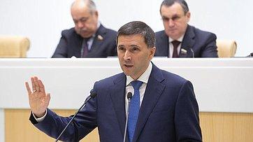 Врамках «Правительственного часа» вСФ выступил Министр природных ресурсов иэкологии РФ Д.Кобылкин