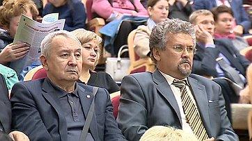 Заместитель Председателя СФ В. Штыров провел встречу с жителями г. Мирного