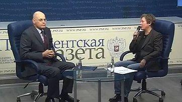 Владимир Круглый принял участие в видеобрифинге для региональных журналистов об актуальных проблемах в медицине в пресс-центре «Парламентской газеты»