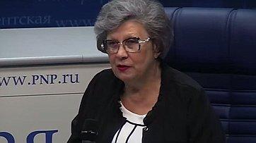 Светлана Горячева приняла участие в видеоинтервью для региональных журналистов в пресс-центре «Парламентской газеты»